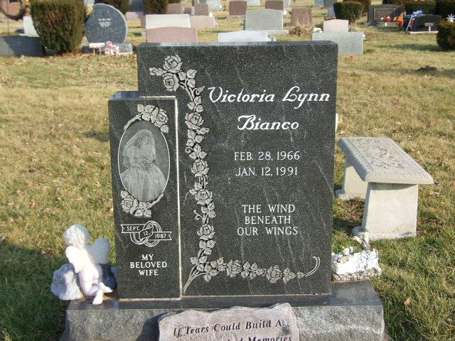 BIANCO Victoria Lynn 1786.JPG