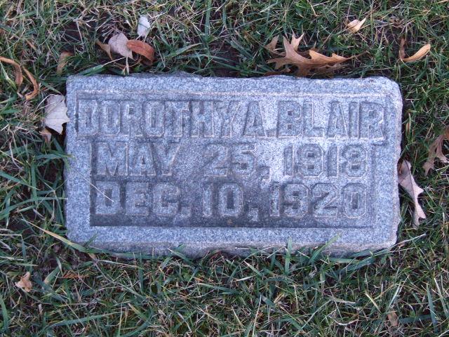 BLAIR Dorothy A. dod 1920 0935.JPG