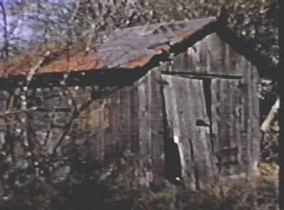 Old_Garage_at_Asplund_Farm.jpg