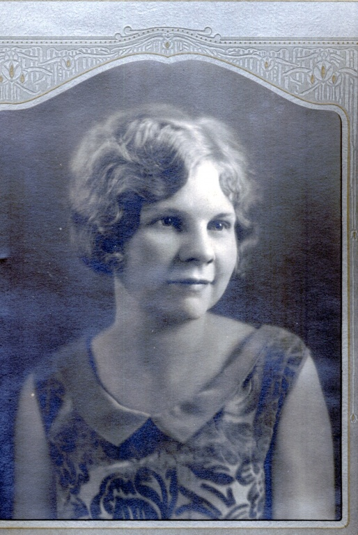 Lindquis Rose Nicholson.jpg