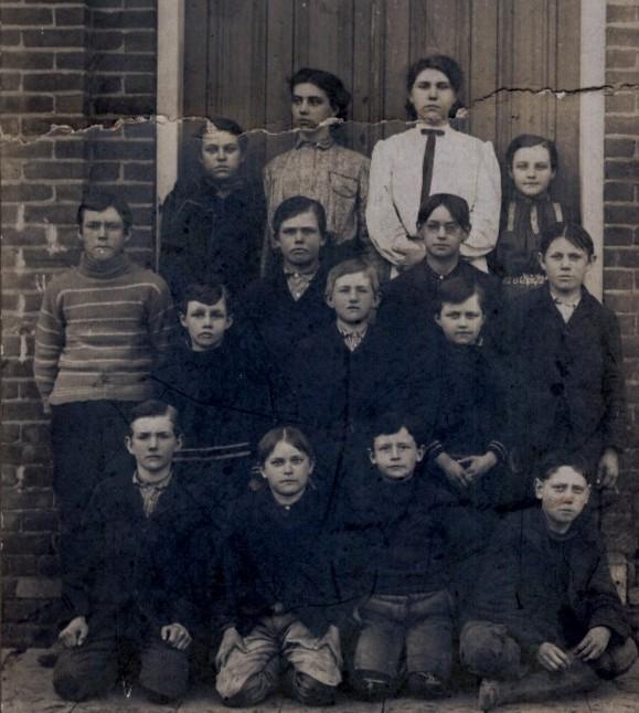 2 Heaton School 1905_0.jpg