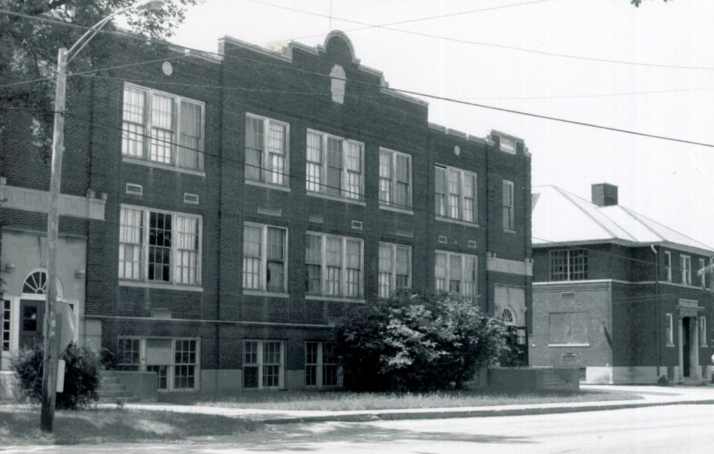 first high school_0.jpg