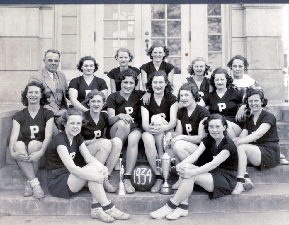 PHS Girls BB 1934_0.jpg