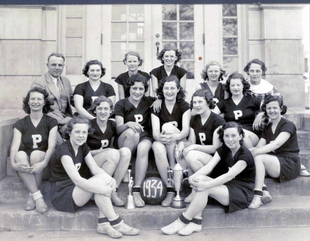 PHS Girls BB 1934.jpg