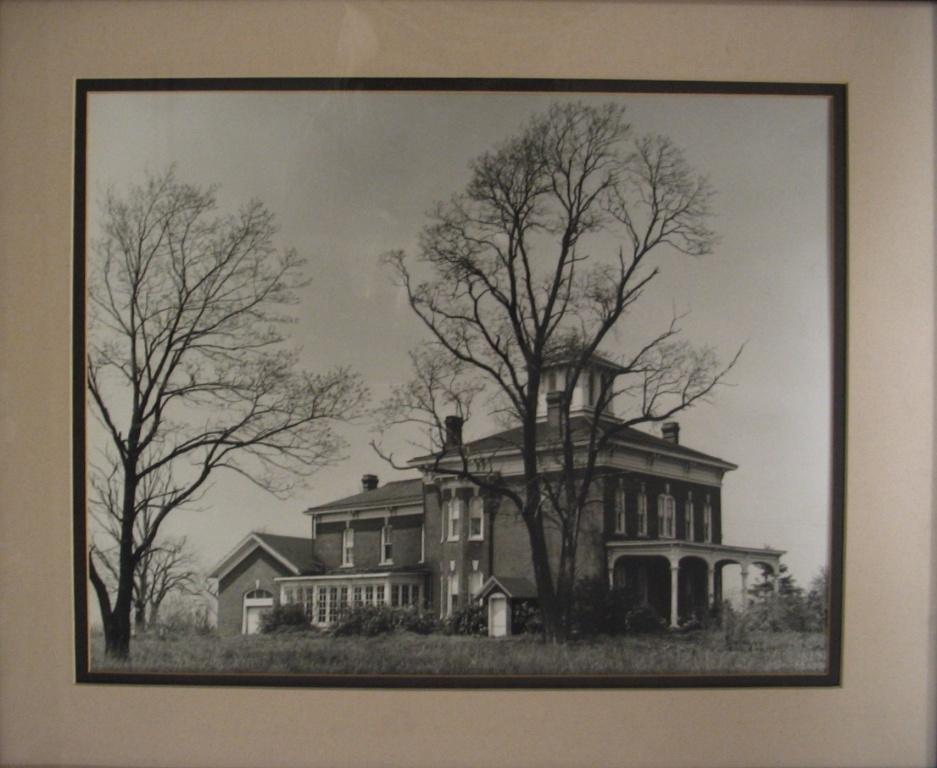 Wolf mansion2.jpg