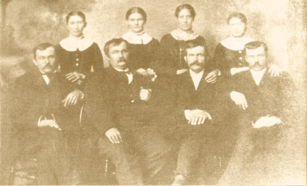 Robbins brothers circa 1890.jpg