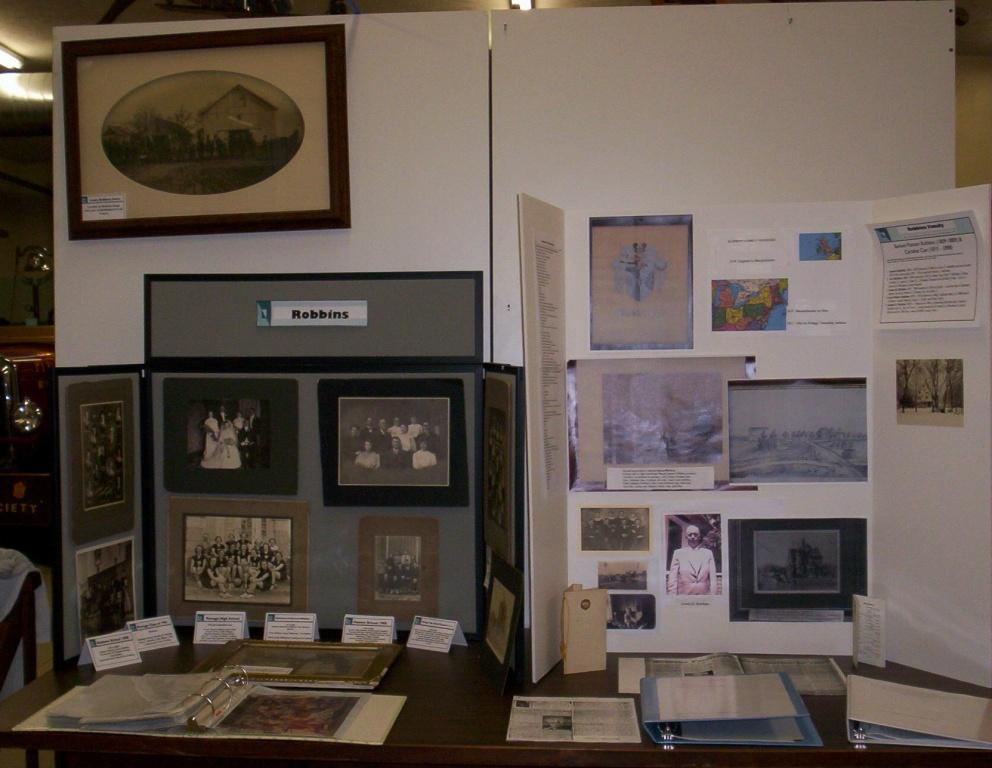 Robbins display1.JPG