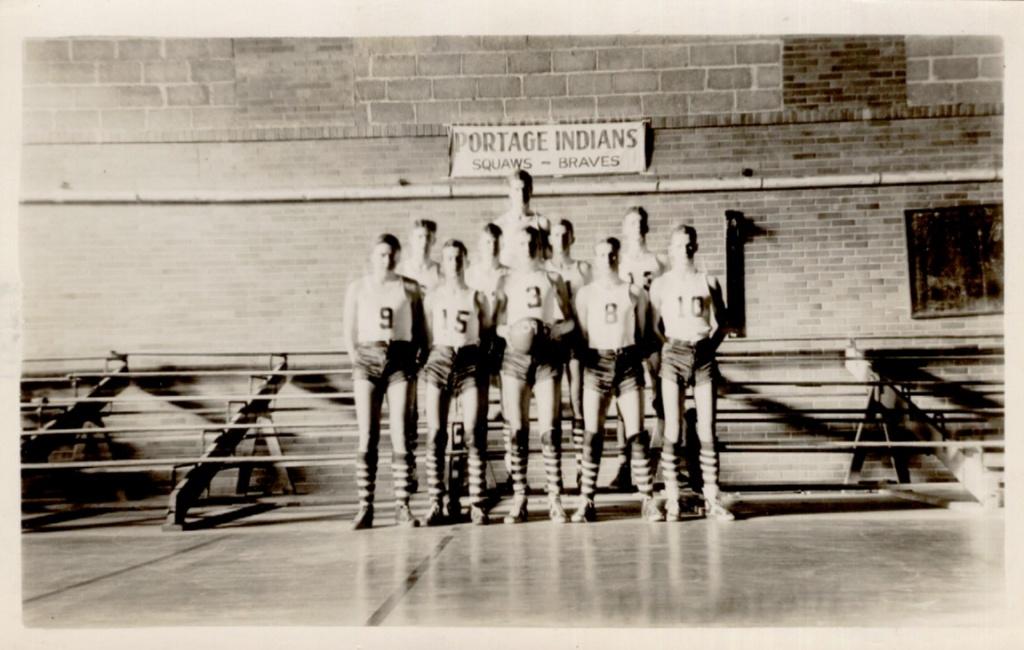 1939 Boy's BB Team.jpg