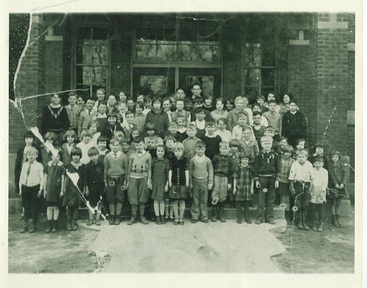 Garyton School about 1930.JPG