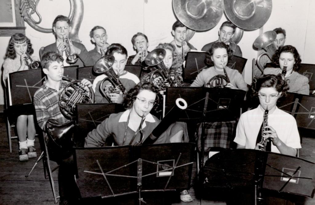 1948 Band.jpg