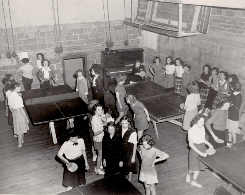 1948 Ping Pong.jpg