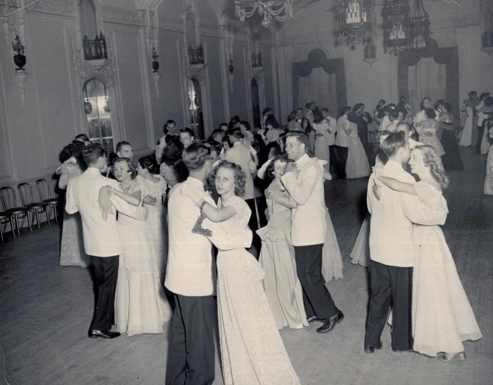 1949 Senior Prom C.jpg