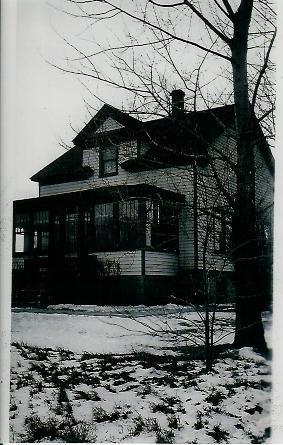 Brandt Victor home abt 1918.JPG