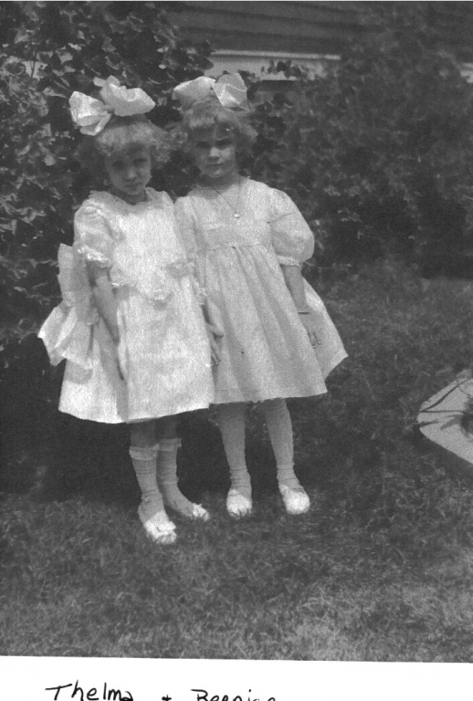 1920 Thelma Hoeckelberg and Berniece Koepke.jpg