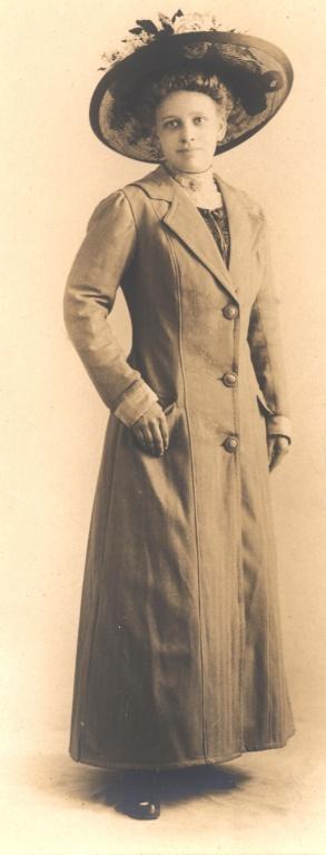 wife of Charles Hoeckelberg.jpg
