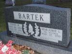 BARTEK Steve R. dod 1993 & Marjorie L. dod unknown DSCF2280.JPG