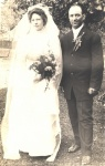 1910-TetzloffAugust+HoeckelbergHannah-wedding.jpg